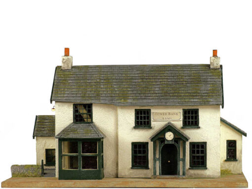 Dolls House 1//12 Scale Handmade Miniature 3 Piece Jewellery Display Set